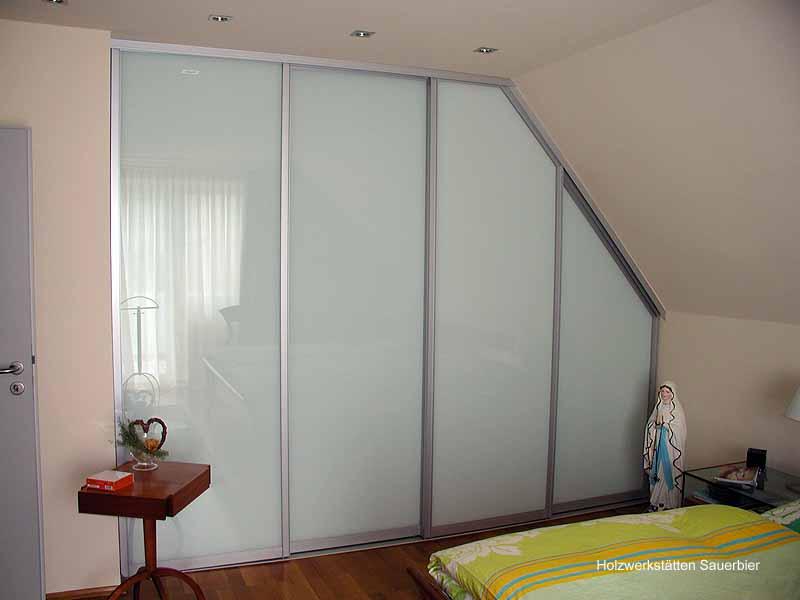 Schlafzimmer / Ankleiden - Holzwerkstätten Sauerbier